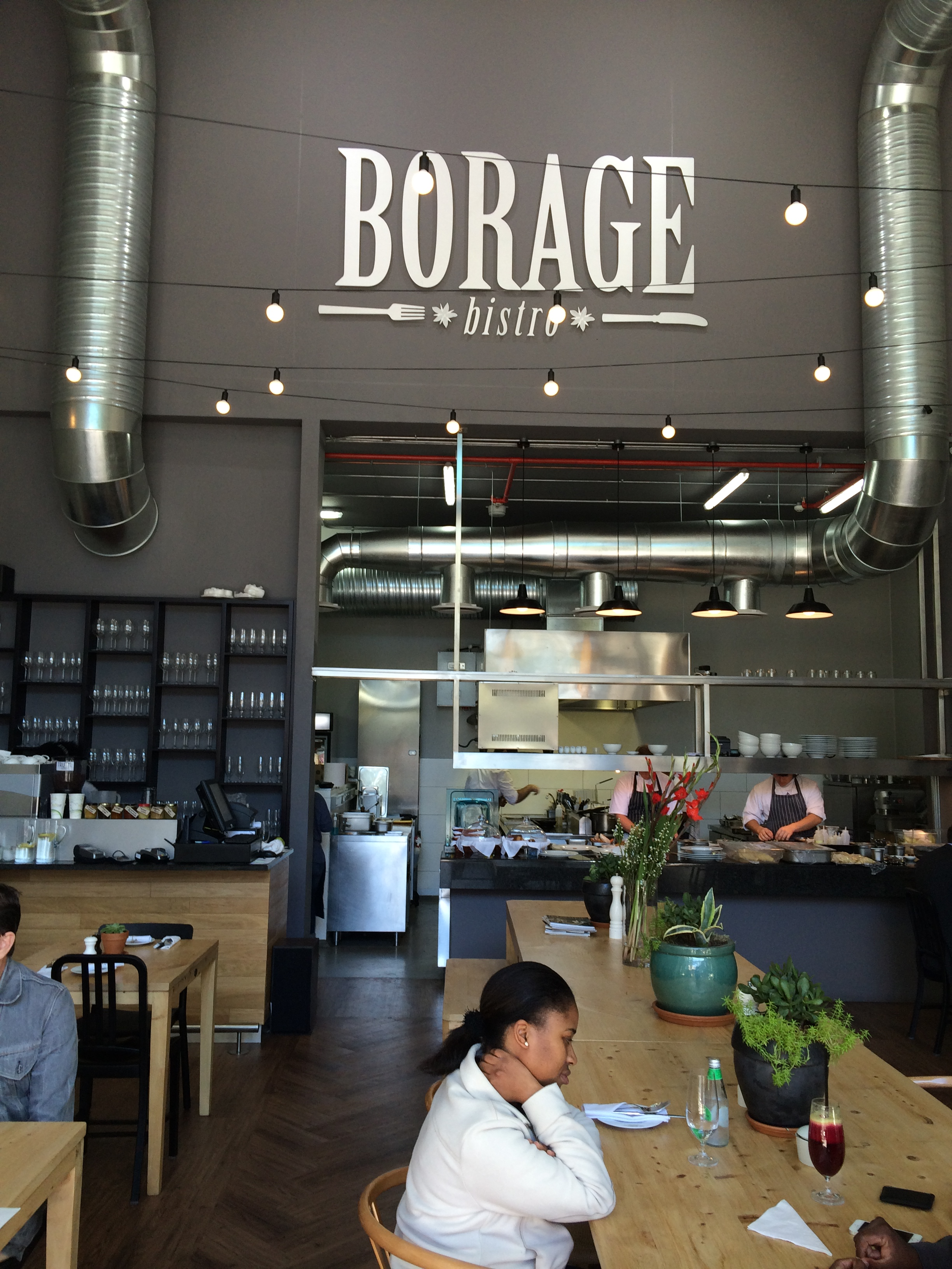 restaurant review borage bistro offers refreshing german fusion cuisine and service. Black Bedroom Furniture Sets. Home Design Ideas