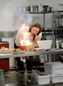 MasterChef 3 5 Chef Niklas blowing own kitchen