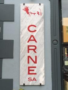 Carne branding Whale Cottage