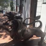 Leeu House lions