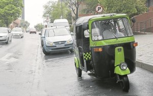 Tuk-tuk+taxi+XXX+high+res